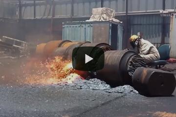 ガス切断 作業風景